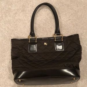 Burberry tote with dust bag